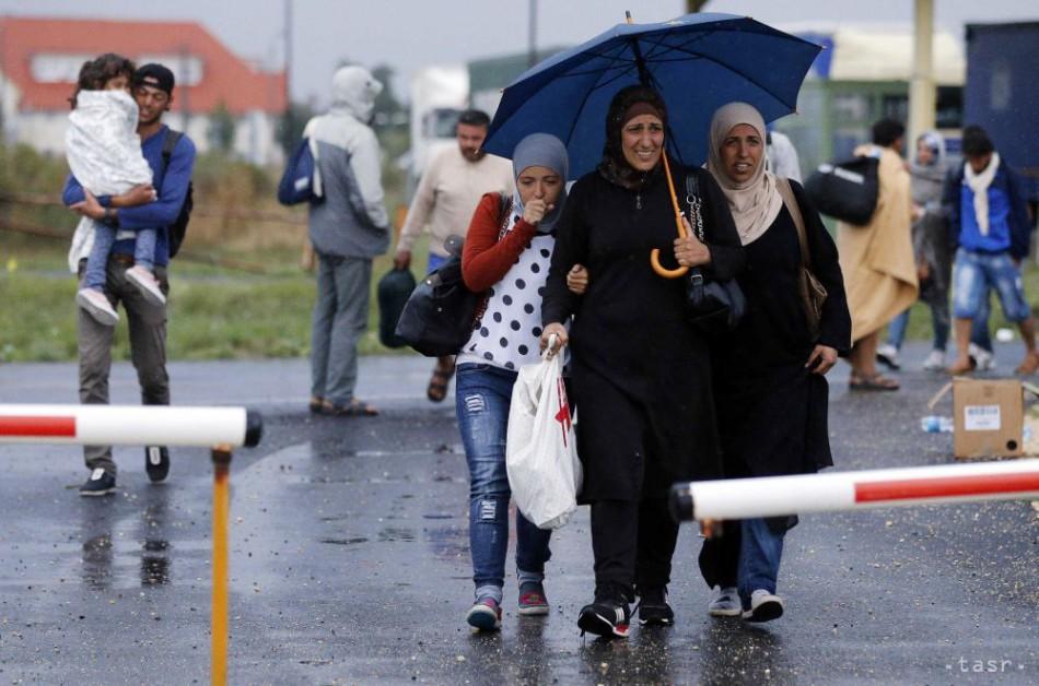 Nemecko prijalo ďalších 120 migrantov z gréckeho ostrova Lesbos