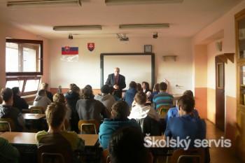 Autorská beseda s Drahoslavom Machalom o Zlatej knihe Slovenska