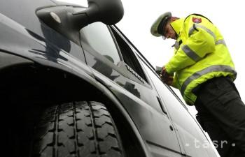 Polícia vykoná osobitnú kontrolu premávky v okresoch Brezno a Zvolen