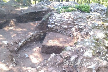 Na Obišovskom hrade finišujú s archeologickým výskumom
