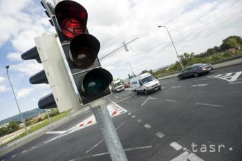 Semafor na regulovanie premávky na ceste mali pred 145 rokmi v Londýne