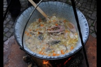Vodnícky sprievod a varienie polievky