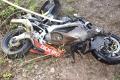 Motocyklista neprežil zrážku s dodávkou v Krásnohorské Podhradí