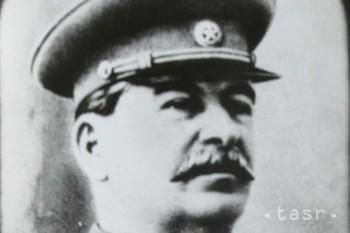 Európa si osobitným dňom pripomína obete stalinizmu a nacizmu
