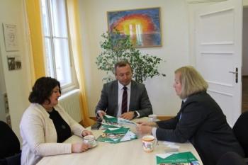 Riaditeľa ŠPÚ Ľ. Hajduka prijala riaditeľka bavorského inštitútu ISB