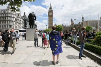 Nálada v britskom priemysle sa po neistote vyvolanej brexitom zlepšila