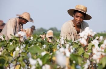 Silný príbeh i drsné scény, taký je film 12 rokov otrokom