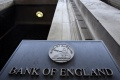 Odchod bánk skomplikuje Británii snahu o zníženie deficitu