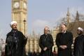 Lídri hlavných náboženstiev vzdali úctu obetiam londýnskeho útoku