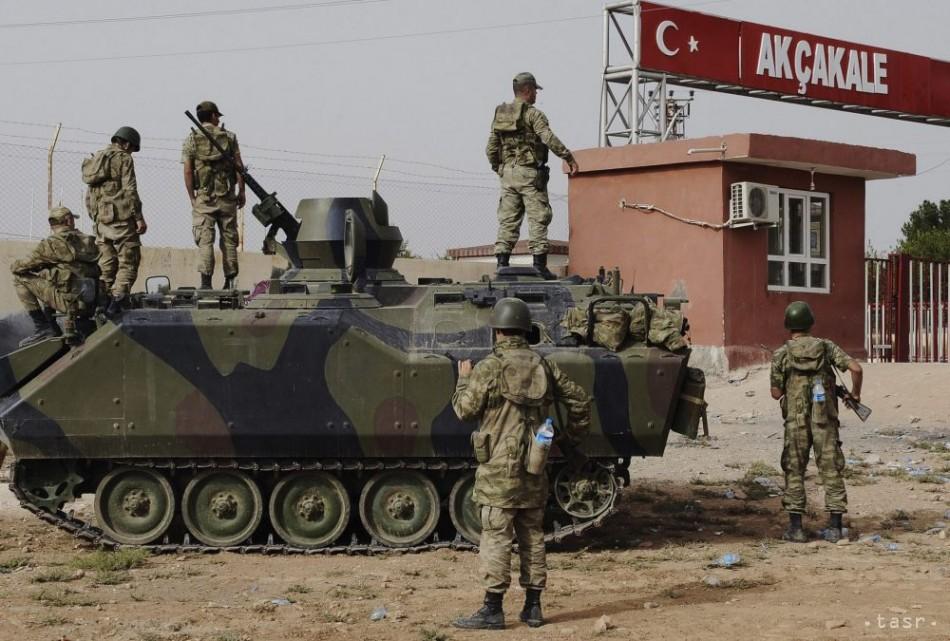 Turecká armáda ostreľovala pozície kurdských bojovníkov v Sýrii