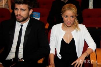 Futbalistovi Gérardovi Piqué Shakira porodila syna. Žartoval?