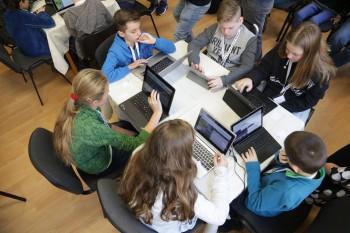 Do Hodiny kódu 2016 sa zapoja aj desiatky slovenských škôl