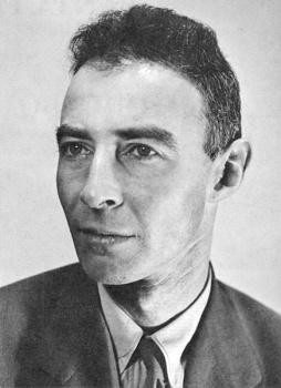 Atómový a teoretický fyzik J.R. Oppenheimer sa narodil pred 110 rokmi