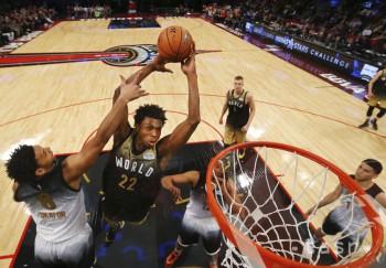 NBA: Zápas vychádzajúcich hviezd pre Tím USA, zdolal Výber sveta