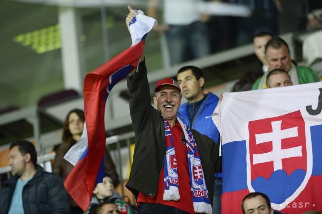 Fanúšikovia slovenska vo futbalovom zápase 3. kola kvalifikácie na