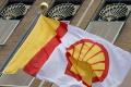 Pre nízke ceny ropy klesol Shellu zisk v 2. kvartáli o vyše 70 percent
