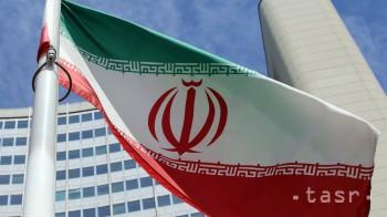 Vnukovi zakladateľa Islamskej republiky potvrdili zákaz kandidatúry