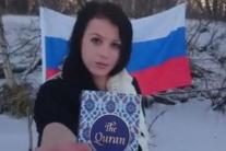 Ružomberčanku zadržala polícia, hrubo zneuctila islamský Korán