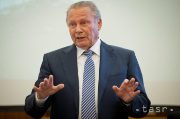 Bývalý prezident SR Rudolf Schuster sa dožíva 85 rokov