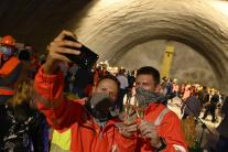tunel, Milochov, pracovníci