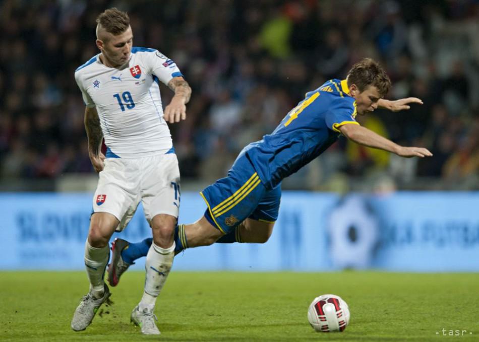 f8f972398c625 Slováci pred vypredaným hľadiskom v Žiline remizovali s Ukrajinou 0:0