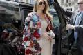Taliani ocenili kabátik Melanie Trumpovej, ktorý mala na Sicílii