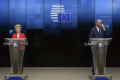 Lídri EÚ budú mať o týždeň videokonferenciu zameranú na COVID-19