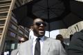 Speváka R. Kellyho porota uznala za vinného; hrozí mu doživotie