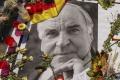 Pohreb Helmuta Kohla: Nemecké zástavy v sobotu stiahnu na pol žrde