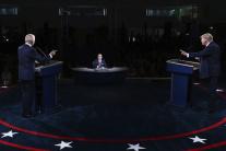 Trump a Biden sa stretli v prvej prezidentskej deb