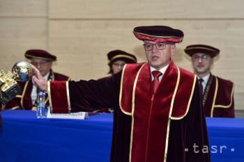 Inaugurovali rektora a dekanov Ekonomickej univerzity v Bratislave