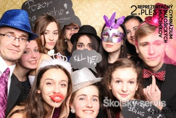 Na plese Gymnázia sv. Košických mučeníkov sa tancovalo až do rána