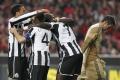 Newcastle United si zabezpečil okamžitý návrat medzi anglickú elitu