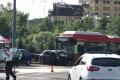 NEHODA MHD V BRATISLAVE:Zranili sa cestujúci,autobusára vyslobodzovali