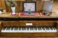 Skladateľ R. Schumann sa nestal klavírnym virtuózom pre zranenie prsta