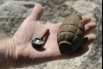 Do sídla kosovského rozhlasu a televízie hodili ručný granát
