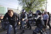 Demonštrácia v Moskve pred inauguráciou V. Putina