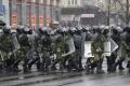 Bielorusov, ktorí chceli informácie o zadržaných blízkych, zatkli tiež