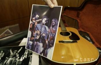 TOTO je gitara Boba Dylana, ktorú predali za takmer 400.000 dolárov