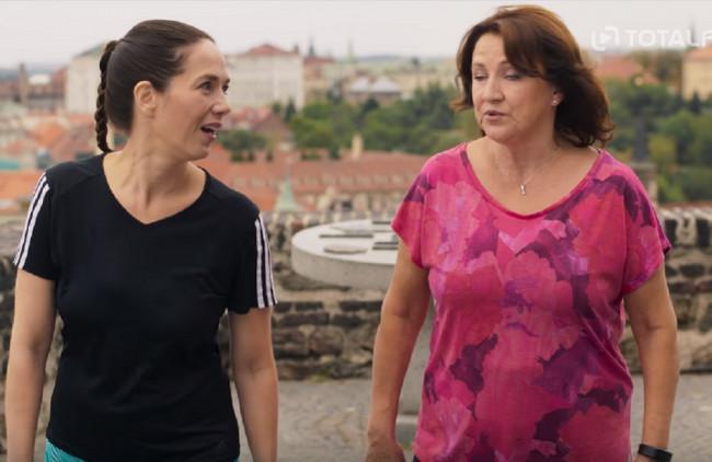 Tri dcéry a mama, odhodlaná zabehnúť maratón: V novej českej komédii