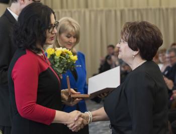 Školstvo:Viac ako 60 učiteľov a pracovníkov v školstve dostalo medailu