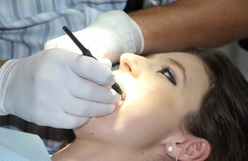Nemyslieť na prevenciu zubného kazu je chyba, varuje stomatologička