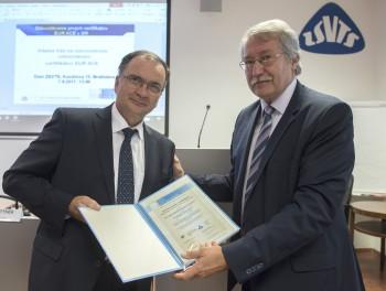 Technické univerzity v Bratislave a Košiciach získali certifikátt