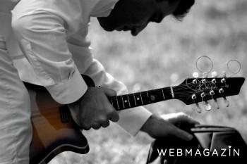 Bratislavčan láme ženské srdcia mandolínou