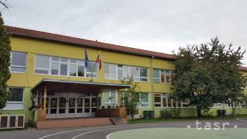 ZŠ Vajanského v Lučenci sa zameriava na jazyky i prírodné vedy