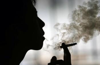 Fajčiari majú ťažkú závislosť – ako narkomani na heroíne