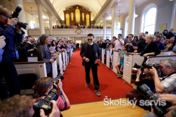 Juhokórejský raper PSY navštívil Harvard