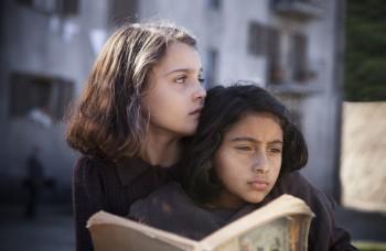Natočili seriál podľa bestselleru Eleny Ferrante: Pozrite si trailer