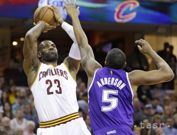 NBA: Cleveland zdolal Sacramento 120:100, 40. triple-double Jamesa