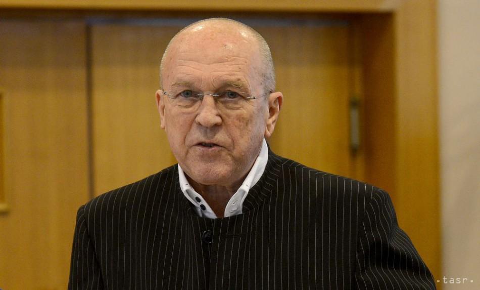 Fischer dostal dva roky podmienky za vzatie 3000 eur, kačíc a čokolády